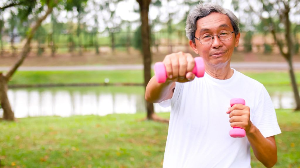 Weight exercise key to retaining muscle strength and function